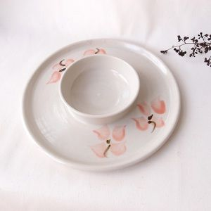 HANDMADE Chip and dip plate with floral design